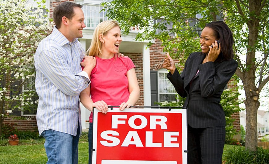 BUYING & SELLING is easy with our professionals' help.